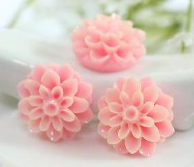 Light Pink Dahlia / Mums Flower Resin Cabochons 6pc