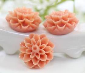 Light Coral Dahlia / Mums Flower Resin Cabochons 6pc