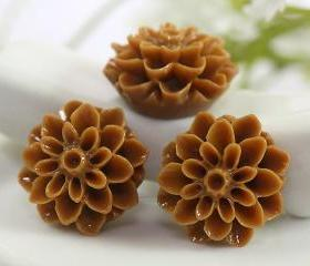 Brown Dahlia / Mums Flower Resin Cabochons 6pc