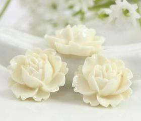 White Rose Resin Cabochons 6pc
