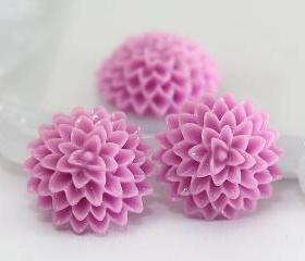 Lilac Dahlia / Mums Flower Resin Cabochons 10pc