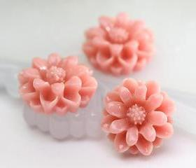 Peach Chrysanthemum Resin Cabochons 10pc